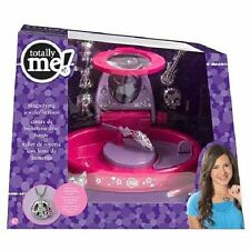 NIB Totally Me! Magnifying Jewelry Station
