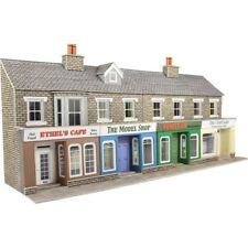 Metcalfe Low Relief Terraced Shop Fronts in Stone OO Gauge Card Kit PO273