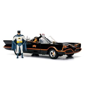 Batman 1966 Classic TV Series - Batmobile & Batman 1:24