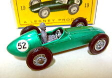 "Matchbox RW 19C Aston Martin Racing Car grünmetallic Nummer ""52"" in Box"