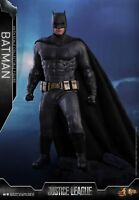 Hot Toys Justice League 1/6 scale Batman Collectible Figure MMS455