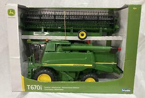 Bruder #09804 John Deere Combine Harvester T670I used