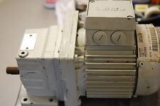 Lenze Motor: Deraxx-071-32, Reducer: Gst04-1Mvbr-071-32, New Gearmotor