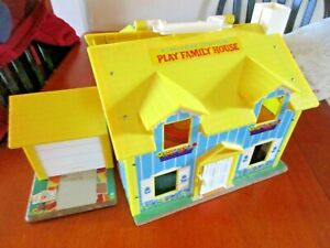 1969 Fisher Price Little People Yellow Family Play House #952