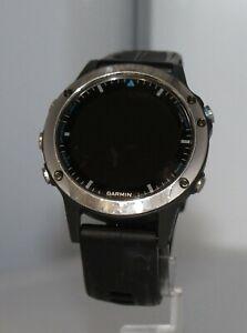 Garmin quatix® 5 Sapphire  Stainless Steel with Black Band