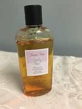 Mary Kay FAVORITE THINGS Kisses by Candlelight Body Soak 7.6 oz 90% full