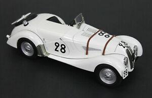 1:18 AutoArt BMW 328 Roadster 24h Le Mans 1939 #28