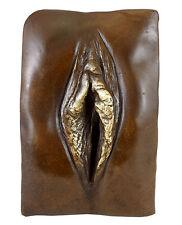 Erotisches Bronze- Relief - Vagina / Vulva - sign. - M.Nick