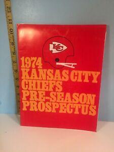 1974 Kansas City Chiefs Pro Football Media Guide Pre-Season Prospectus
