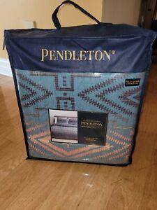 Pendleton Sunset Cross Full/Queen Coverlet Set In Multi With 2 Standard Shams!