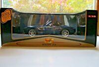 Maisto Blue BMW Z8 Premier Edition 1:18  New Unopened Box