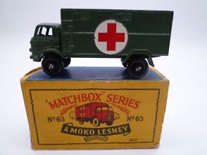 VINTAGE MATCHBOX LESNEY No.63a FORD ARMY AMBULANCE IN ORIGINAL BOX ISSUED 1959