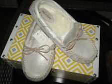 Maurices~NWT~Moccasin Flat Gold Glitter With Pile Lined Slipper~Size 11B