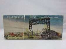 Plasticville 1632-100 SIGNAL BRIDGE KIT HO Scale Model Railroading UNBUILT