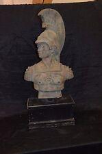 Gr. Gladiatorbüste, Bronze, grüne Antikpatina, auf Holzsockel montiert, H:84cm