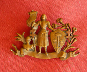 insigne broche bijou patriotique 1870 1914 JEANNE D'ARC  25x37mm