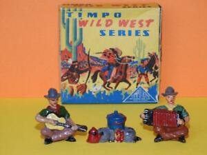 TIMPO TOYS BOXED LEAD COWBOY MUSICIANS PLAYING ACCORDIAN & GUITAR WITH CAMP FIRE