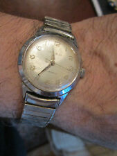 VTG CARAVELLE AUTOMATIC WATCH - WORKS GREAT!