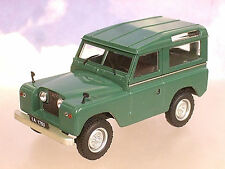 part-work MOULAGE sous pression 1/43 LAND ROVER S2 Séries 2 SWB rigide vert