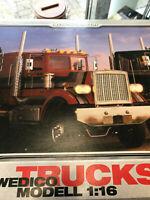 Teile aus Komplettbaukasten Wedico Art. 42 Peterbilt Truck schwarz