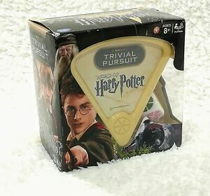 Trivial Pursuit-World of Harry Potter game age 8+  players 2+ complete 600 quest