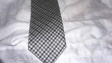 $250 NWT TOM FORD  dots Men's  Silk Italy Tie
