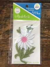 """New Vtg 4"""" Flower Embroidered Patch NOS White Pink Green Floral Daisy"""