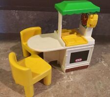 Vintage LITTLE TIKES Dollhouse Kitchen Set And Chairs