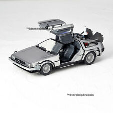 Delorean da ritorno futuro 2 Flight Mode volo Revoltech Kaiyodo