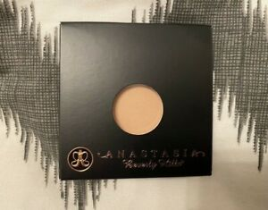 "BNIB "" ANASTASIA BEVERLY HILLS "" LACE SINGLE EYE SHADOW !"