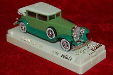 Solido 4085 - Cadillac 452 A grün - 1:43