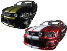 2006 Ford Mustang Gt Black & Red Set Of 2 Cars 1/24 Jada 90658 Yv Set