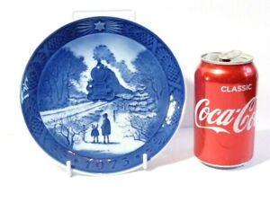 1973 Royal Copenhagen Christmas Plate Going Home for Christmas