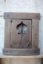 """Finestra in legno con porticina e grata -intaglio picche- """"C"""""""