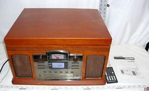 CROSLEY DIRECTOR MODEL CR2405 AM/FM RADIO CD, CASSETTE, CD, PHONOGRAPH SHARP!