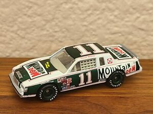 1982 Cup Champion #11 Darrell Waltrip Mountain Dew 1/64 Action NASCAR Diecast