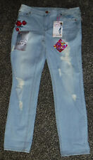 NWT Junior Girls Almost Famous Mid-Rise Roll Up Flowered Jeans Size 1