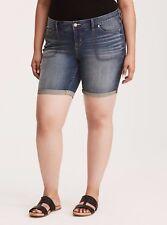 Torrid Mid Shorts Medium Wash Square Pockets 16 #08833 Measurements below