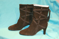 NIB - TRUE MEANING MILOS BLACK SOFTY SUEDE BOOTS - SIZE 10M
