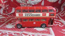 ancien petite voiture miniature double bus anglais corgi car