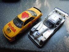 2 x rara us chevy y Panoz carreras modelos de Autoart y Ertl en 1:18