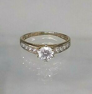Solitaire Engagement Ring 9ct Yellow Gold 1/2ct Diamond Simulant Pristine