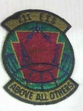 Lots d'insignes militaires de collection