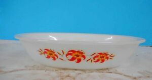 Vintage Pyrex, Milk Glass Agee 'Tiger Lily' casserole dish good used condition