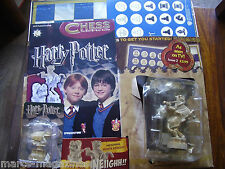 DeAGOSTINI HARRY POTTER CHESS PIECE PART # 2 CHESSBOARD AND 2 PIECES