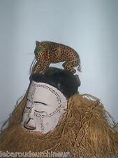 Ancien masque Suku coloré et peint african art africaon arte afrique