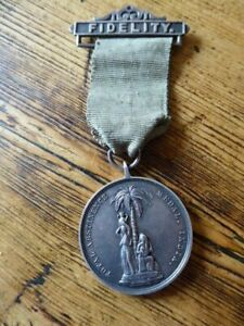 ARMY TEMPERANCE TOTAL ABSTINENCE MEDAL with FIDELITY BAR 2 YEAR MEDAL STA.1