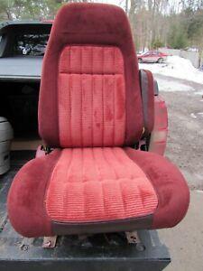 88-94 CHEVY SILVERADO SUBURBAN TAHOE GMC SIERRA YUKON RED RH BUCKET SEAT