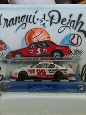 Diecast 1/24 NASCAR Winner's Circle Kevin Harvick #29 Racing Car