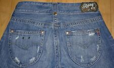 Replay Blue Jeans Style WV580 Size W27xI34 Actual  W30 Factory Destroyed